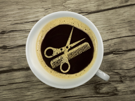 period: Coffee at the hairdresser - extra service for the waiting period