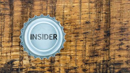 insider: Insider information in the Crown corks