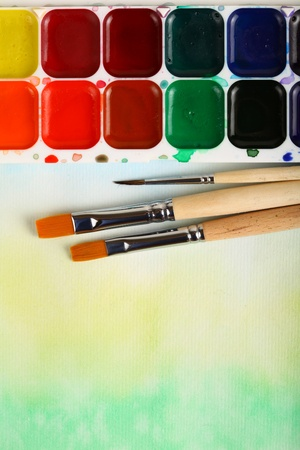 watercolor paints with brushes  Banque d'images