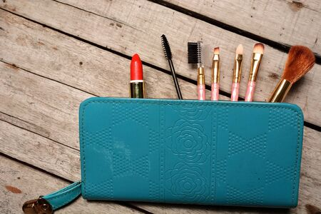 vanity bag: Womens make up kit in vanity bag Stock Photo