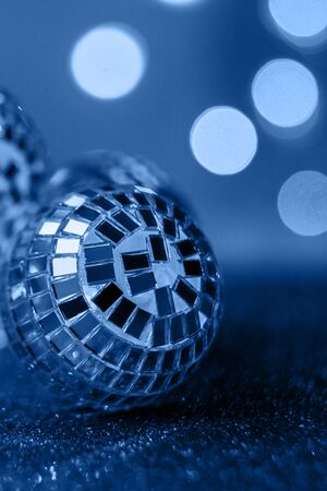 Blue background, Close-up Crystal ball Decorated on Christmas night on a shiny background. Color of the Year 2020. 版權商用圖片