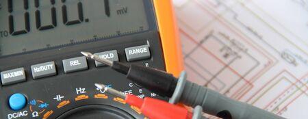Dispositivo de medición con diagrama