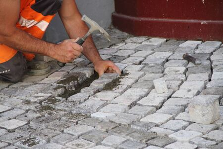 New paving stones are laid Standard-Bild