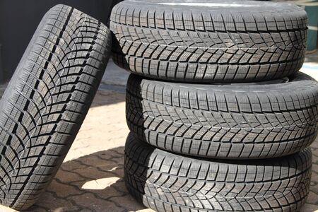 Measure winter tire profile Imagens