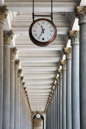 karlovy vary: Clock and colonnade in Karlovy Vary, Czech Republic