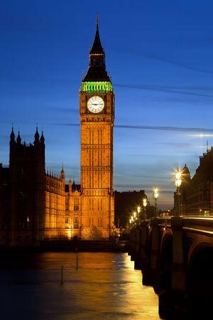 big ben tower: Big Ben in London at night, UK, 2009