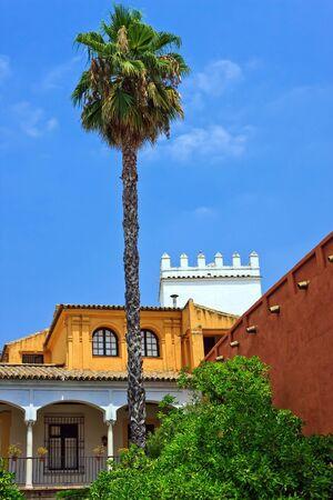 Engelse tuinen van het Koninklijk Paleis van Sevilla, Sevilla, Spanje Stockfoto - 5698937