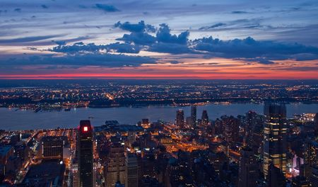 Afficher sur New York and New Jersey après le coucher du soleil Banque d'images