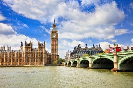 Big Ben en huizen van Parlement, Londen, UK