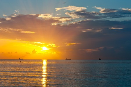 Sunrise over Atlantic ocean, FL, USA Stock Photo - 7090620