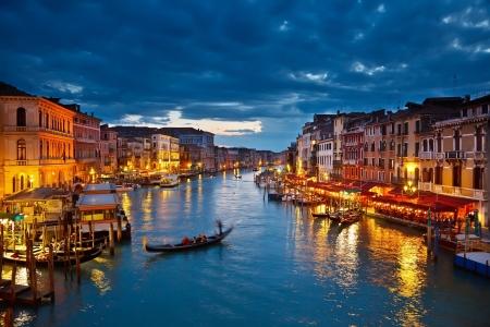 In de nacht, Venetië Canal Grande  Stockfoto