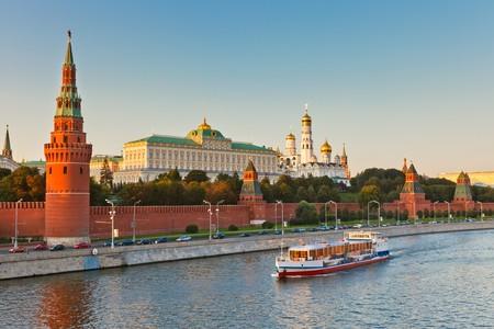 kremlin: Kremlin van Moskou bij zons ondergang  Stockfoto