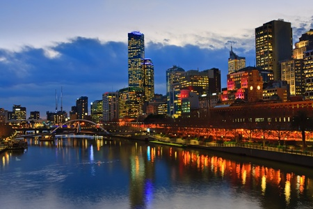 melbourne australia: Downtown of Melbourne at night, Yarra river