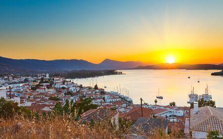 poros: Sunset in Greece, Poros