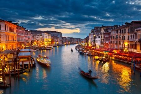 夜は、ヴェネツィアのカナル ・ グランデ 写真素材
