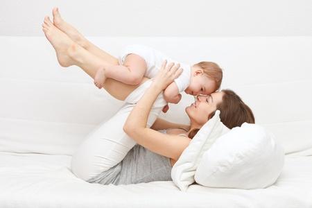 Matka s dítětem Reklamní fotografie - 9297058