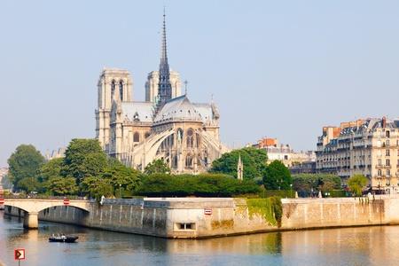 notre: View on Notre Dame de Paris