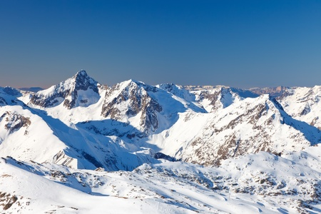 le roche: Peaks of French Alps