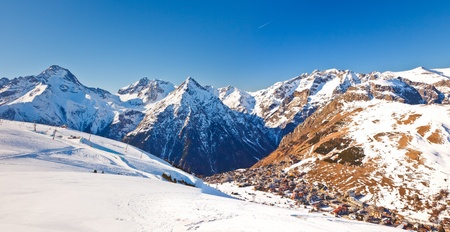 Ski resort in French Alps Stock Photo - 11011897