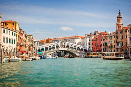 venice italy: Rialto Bridge over Grand canal in Venice
