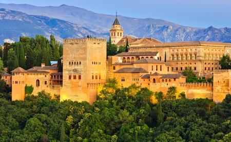 グラナダ: アルハンブラ宮殿、グラナダ、スペイン 報道画像