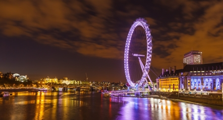 london tower bridge: London skyline with the London Eye at night