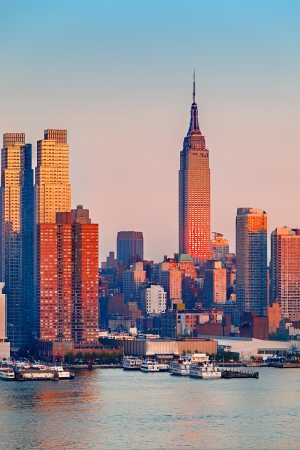 imperium: Manhattan bij zonsondergang, New York Stockfoto
