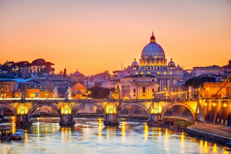 Saint Peter cathedral at night, Rome Stock Photo