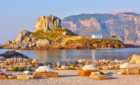 antigua grecia: Pequeña isla Kastri cerca de Kos, Grecia