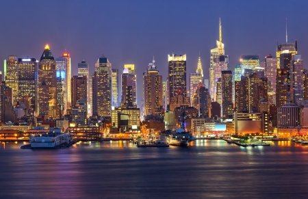 new scenery: View on night Manhattan, New York Editorial