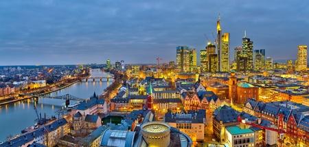 Frankfurt am Main pendant la nuit, Allemagne