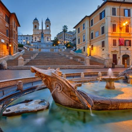 roma antigua: Plaza de España al atardecer, Roma, Italia