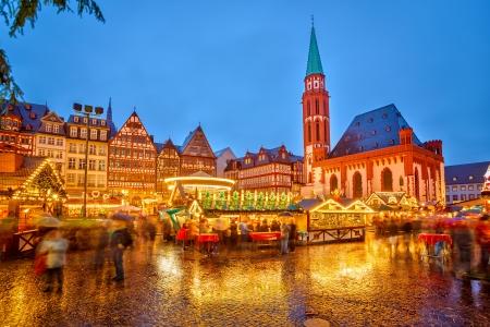 Traditionele kerstmarkt in Frankfurt, Duitsland Stockfoto