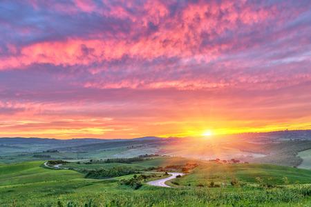 Beautiful Tuscany landscape at sunrise, Italy Banco de Imagens