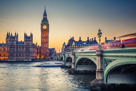 Big Ben et les Chambres du Parlement, Londres