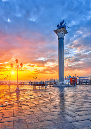 venezia: Piazza San Marco at sunrise, Vinice, Italy Stock Photo