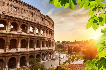 roma antigua: Coliseo al atardecer Foto de archivo