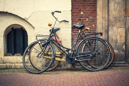 amarillo y negro: Retro style bicycles in Amsterdam, Netherlands