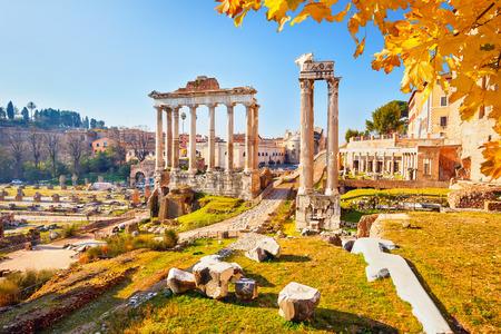 rome italy: Roman ruins in Rome, Italy