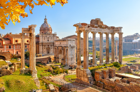 Ruines romaines à Rome, Italie Banque d'images - 45527418