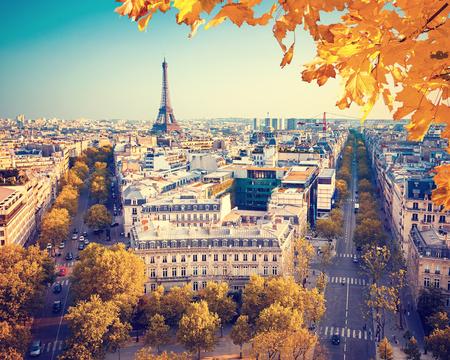 Bekijk op de toren van Eiffel bij zonsondergang, Parijs, Frankrijk