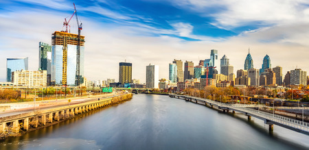 pa: Panoramic picture of Philadelphia skyline and Schuylkill river, PA, USA.