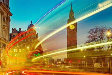Night traffic near Big Ben in London Banque d'images