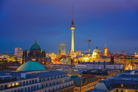 Aerial view of Berlin at night, Germany Banque d'images