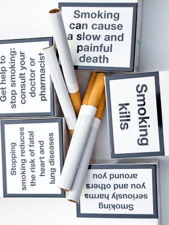 malos habitos: Mensajes de advertencia sobre una mala costumbre.