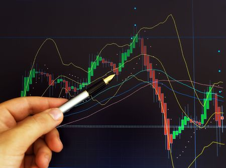 stock brokers: Imagen conceptual acerca de bolsa y an�lisis gr�fico de precios. Foto de archivo