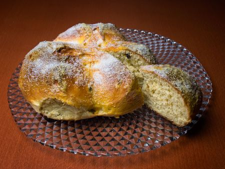 good wishes: Pinca is a traditional Croatian or Dalmatian Easter Bread which is given to guests as a symbol of good wishes. Stock Photo