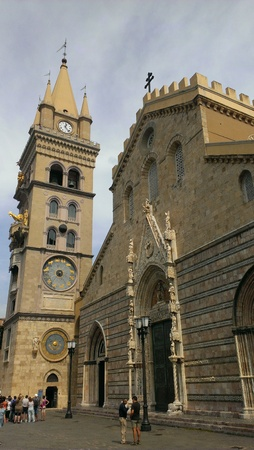 Cathedral of Messina, Sicily 스톡 콘텐츠