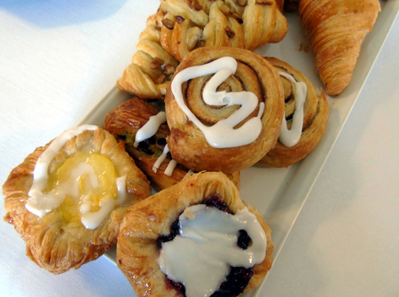 Sélection de pâtisseries de petit-déjeuner Banque d'images - 88768788