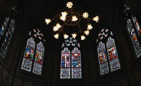 Stained Glass Chapel Windows 版權商用圖片
